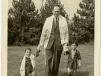 Percy Skuy with his children