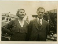 Isaac and Annie Simmons